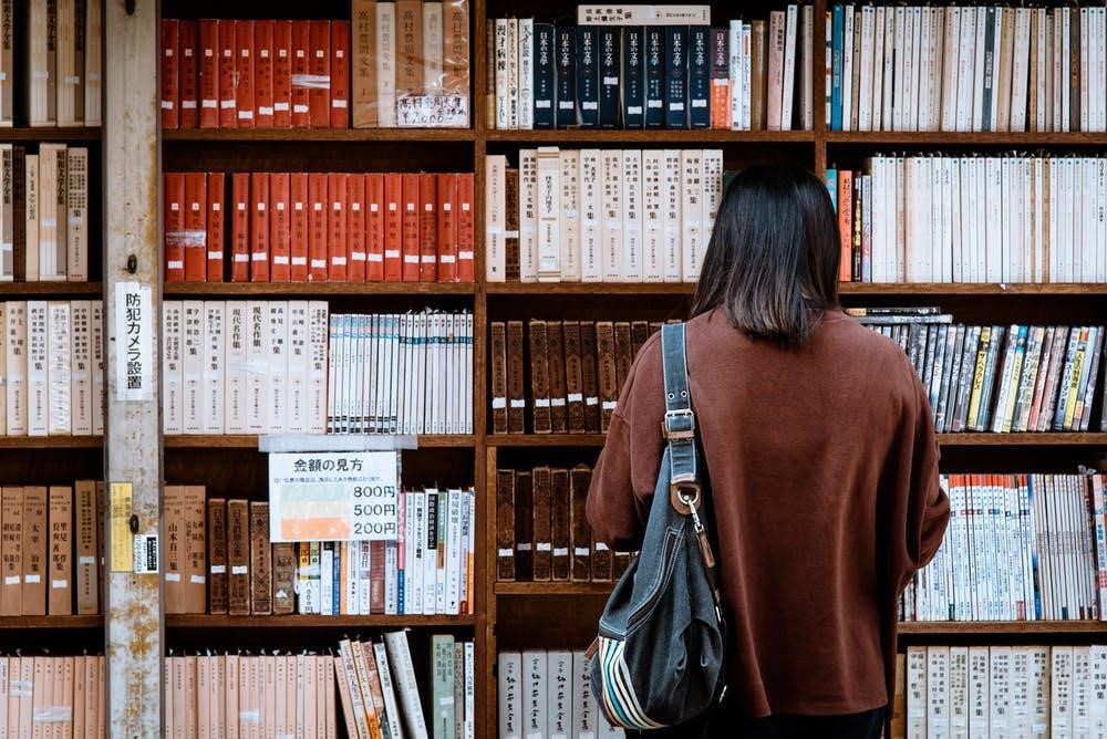 Methods and Types of Legal Research for Writing Research Papers