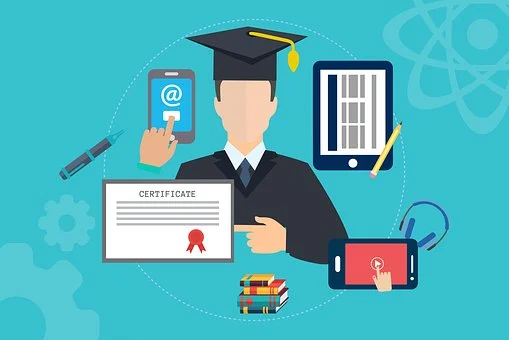 Physical vs Online Internships: Which is better for law students?